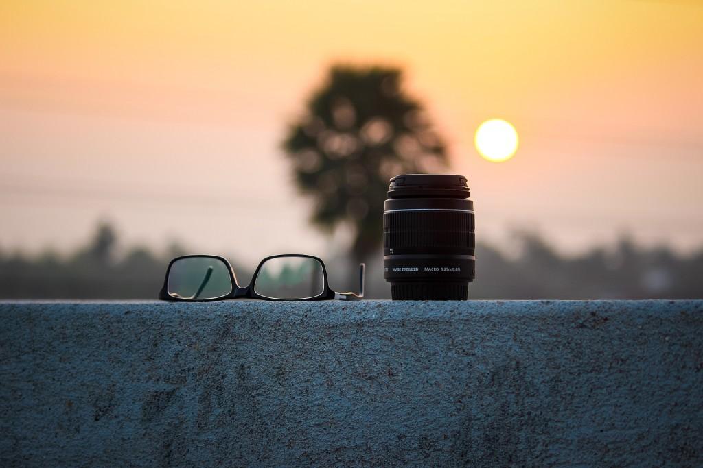 Une caméra intégrée dans des lunettes connectées